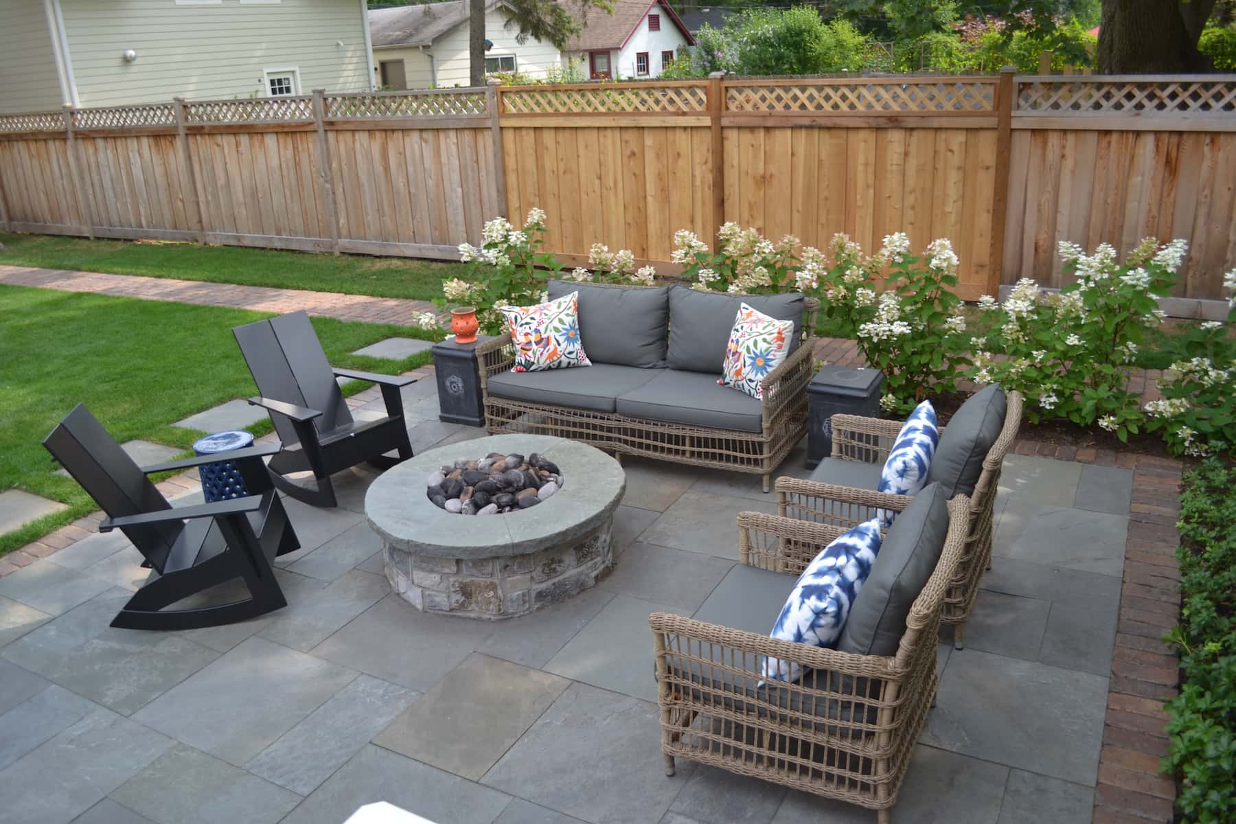 Bluestone Patio, Reclaimed Paver Border & Natural Stone Fire Pit