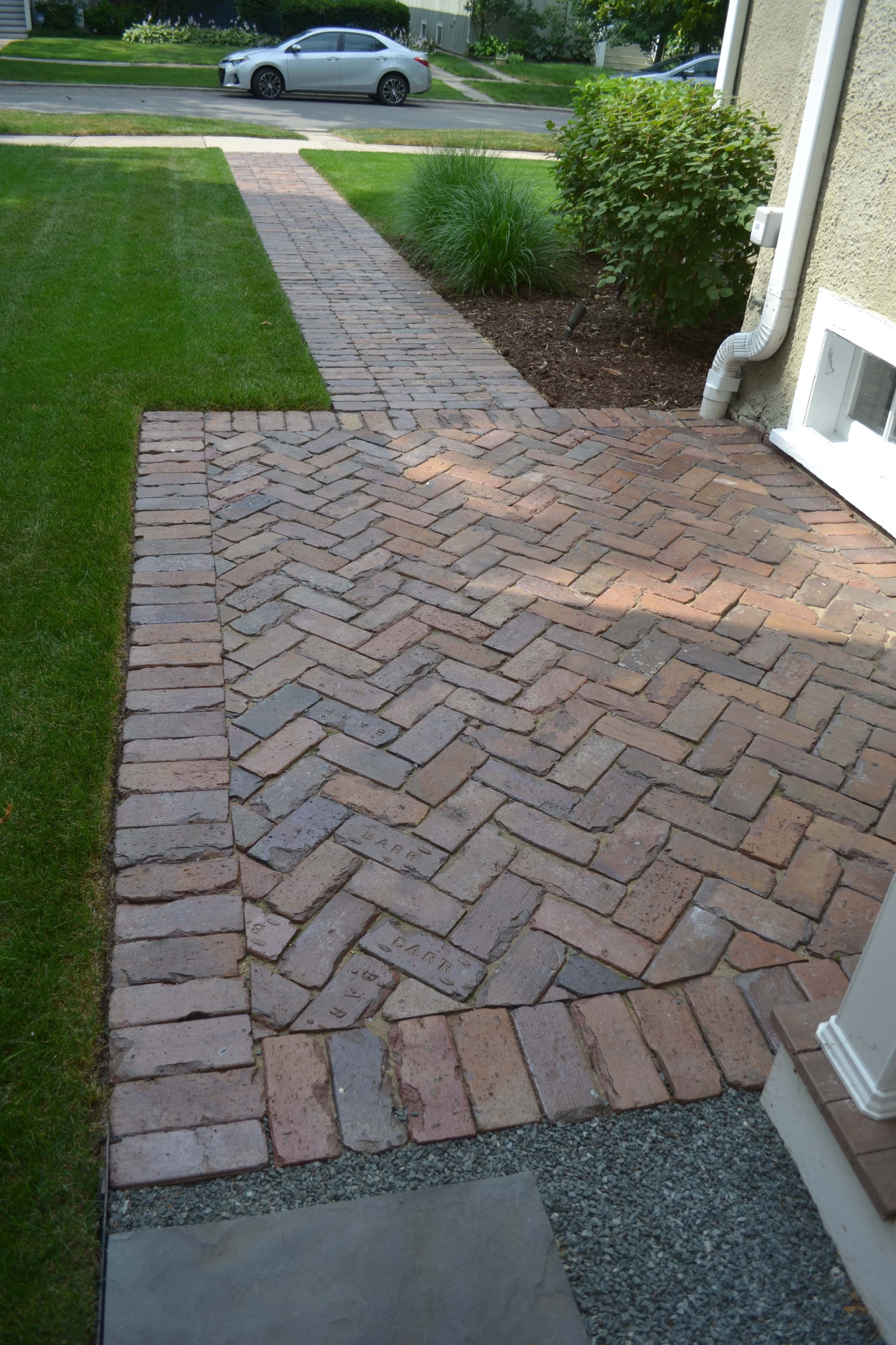 Brick Paver Patio With Fire Pit Cost: Reclaimed Barr Paver Herringbone Pattern Front Walk