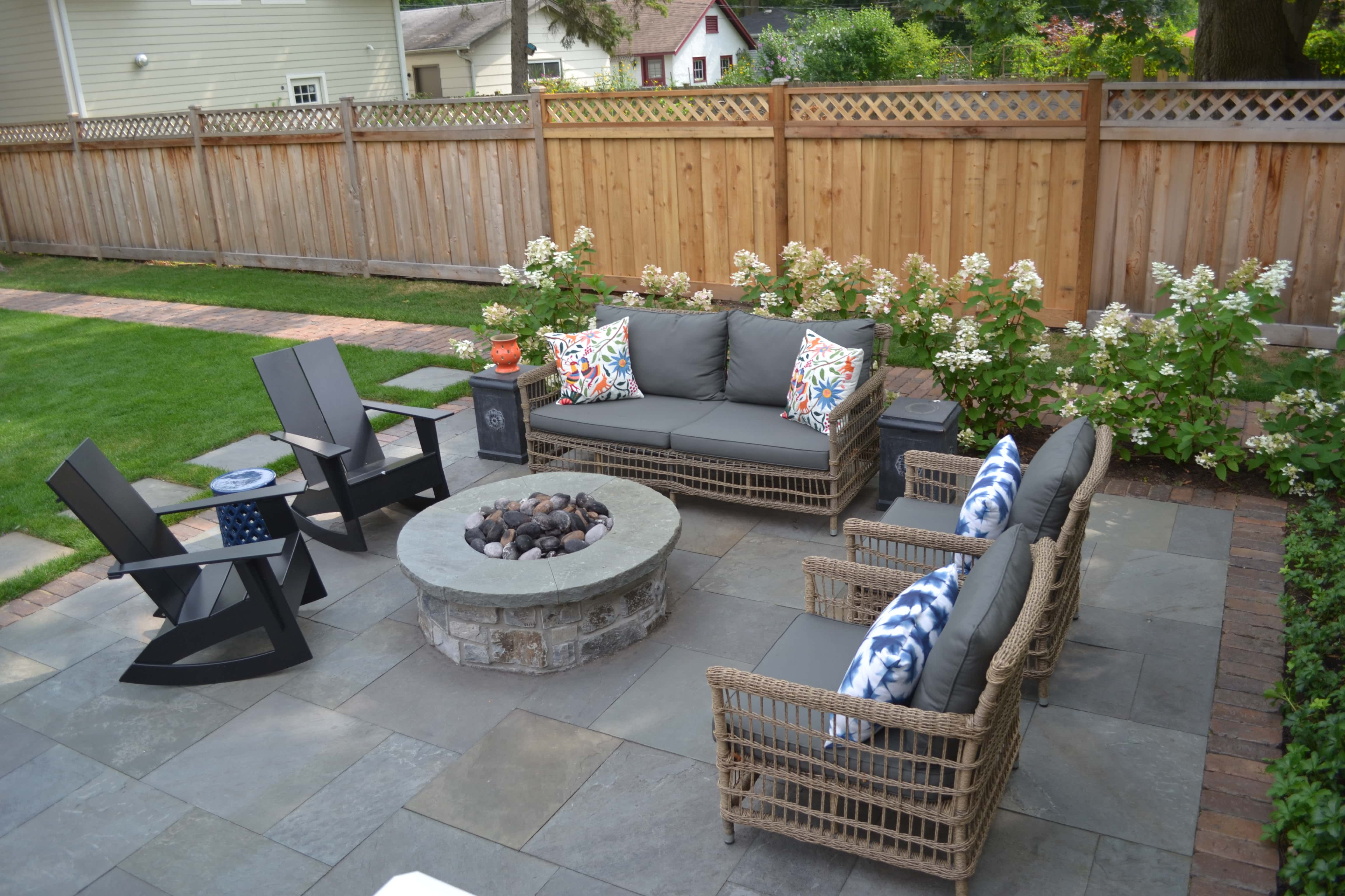 Reclaimed Barr Pavers Bluestone Patio And Natural Stone