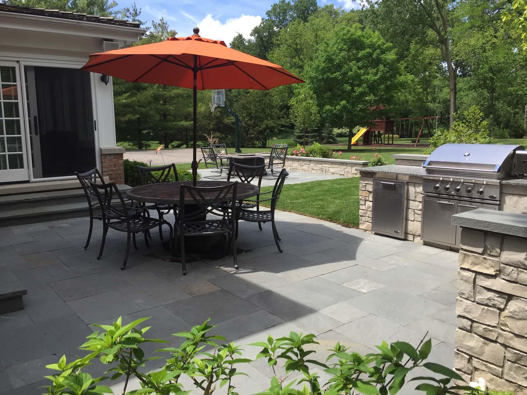 Bluestone Paver Patio Outdoor Kitchen Lake Forest, IL