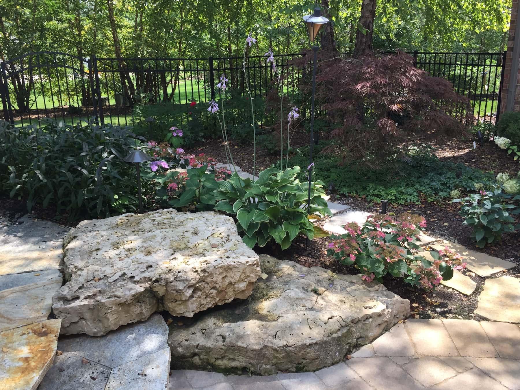 Boulders Landscaping Green Oaks, IL