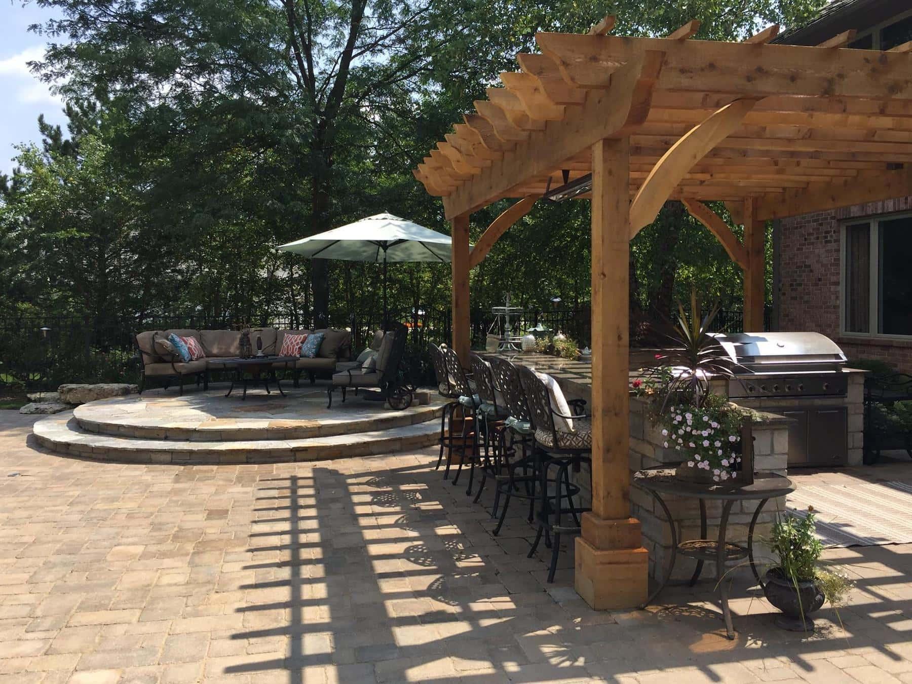 Pergola Paver Patio Kitchen Green Oaks IL