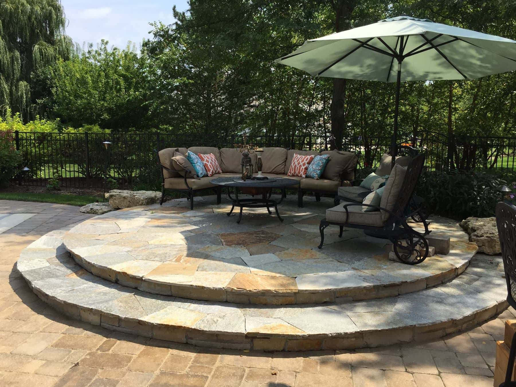Raised Paver Patio Lounge Green Oaks IL