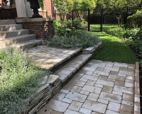 Paver Steps and Retaining Walls Evanston IL