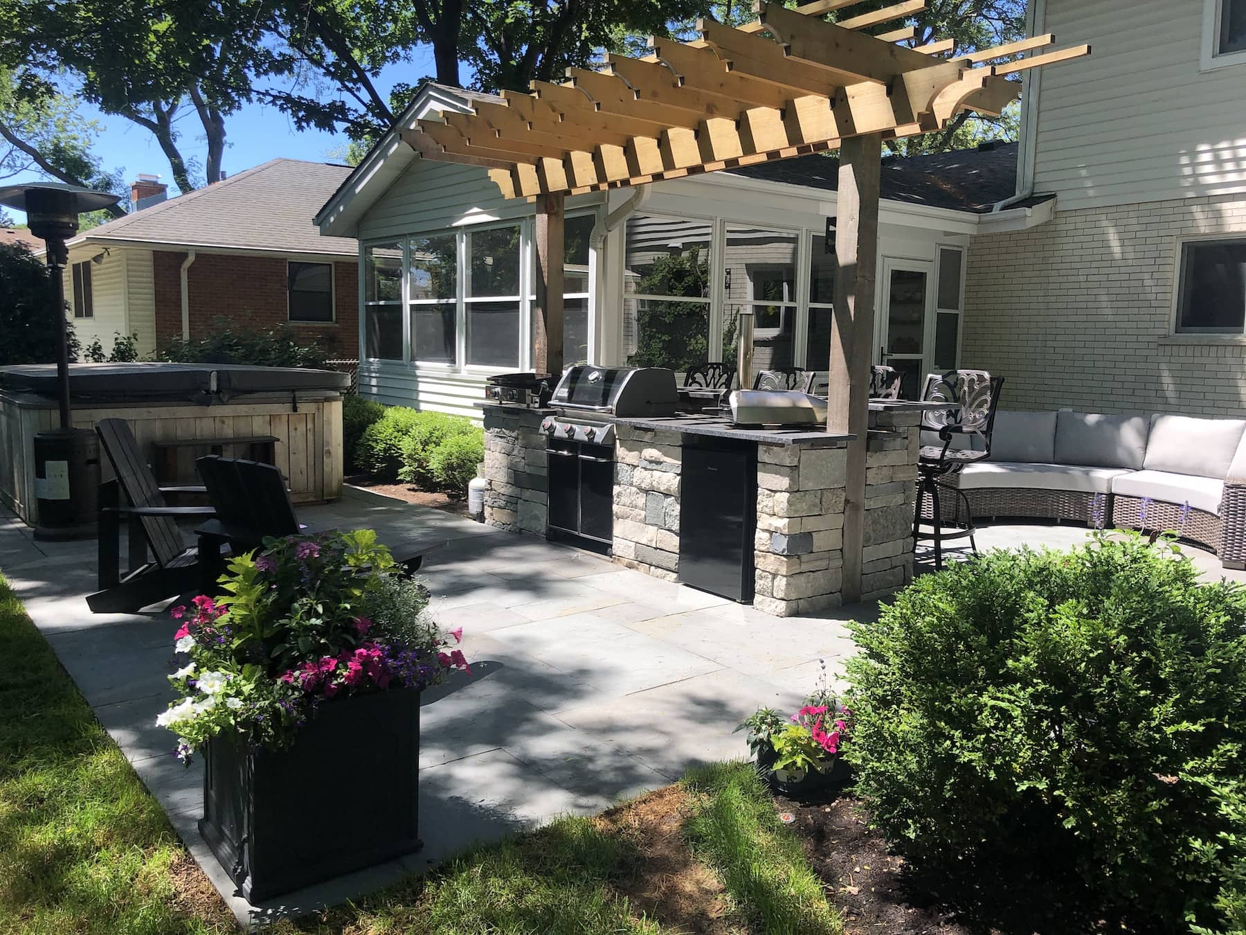 Paver Patio Outdoor Kitchen Lounge Seating Northbrook IL