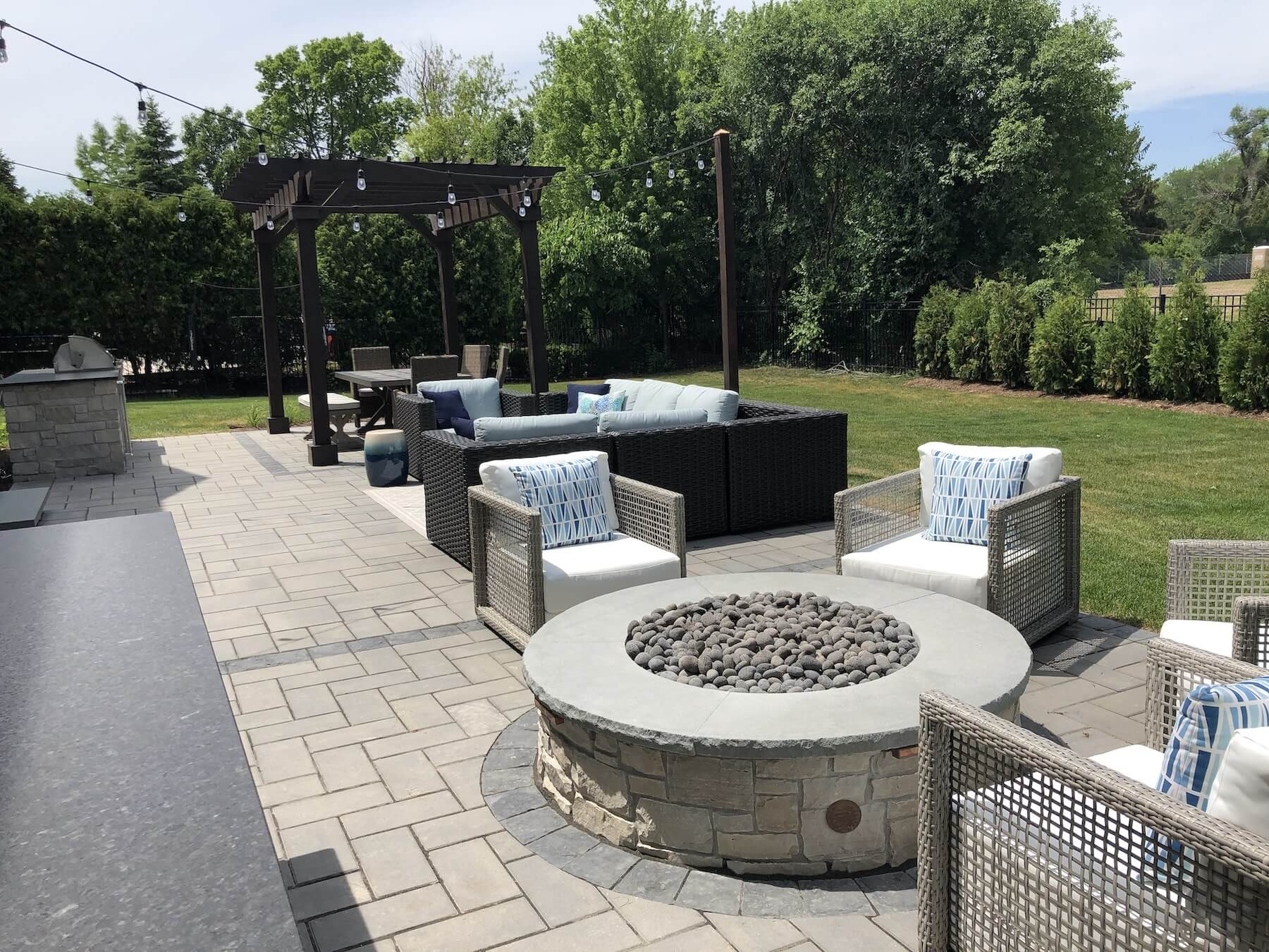 landscape design build paver patio fire pit great oaks landscaping patio furniture outdoor kitchen northbrook il