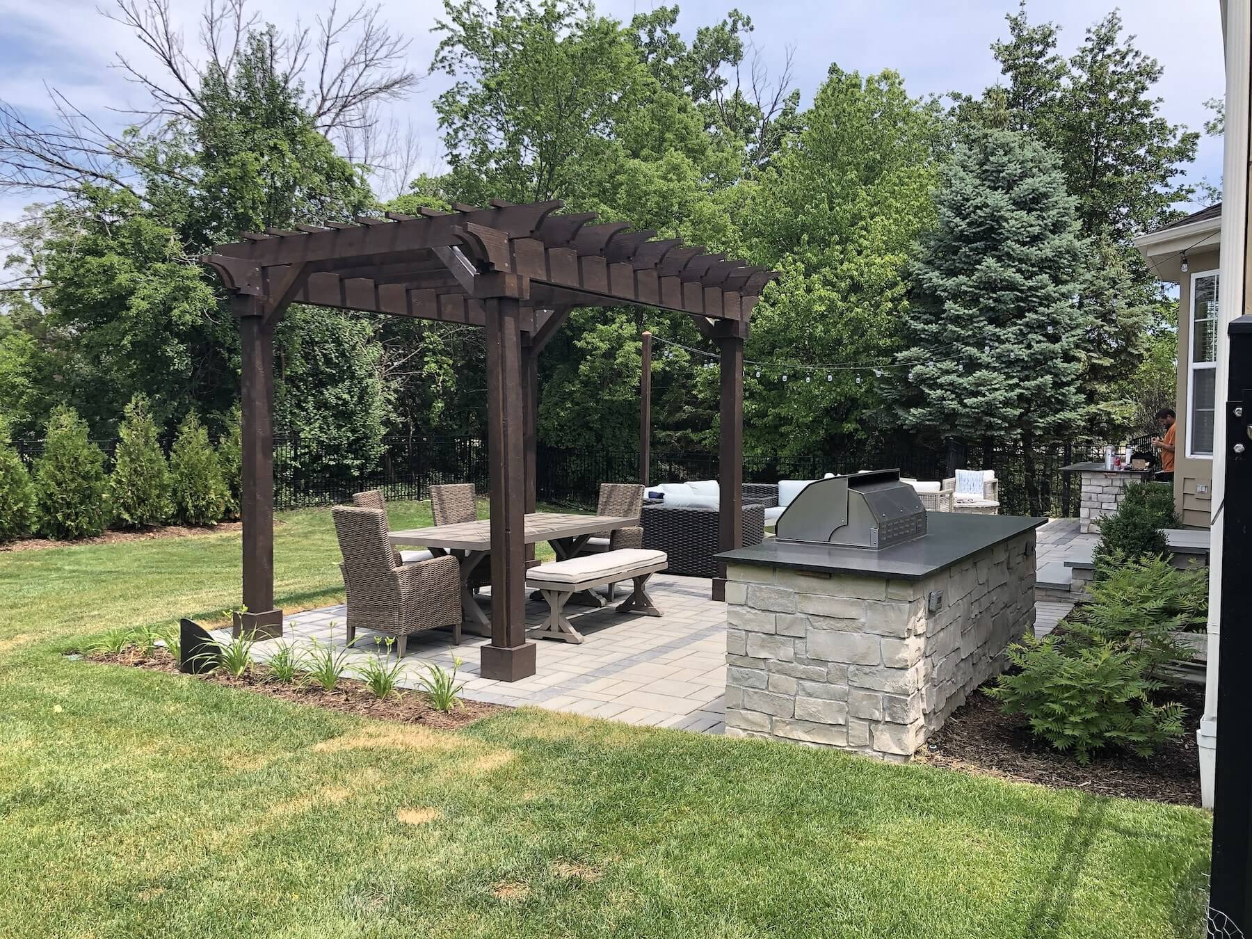 pergola paver patio outdoor kitchen great oaks landscaping northbrook il
